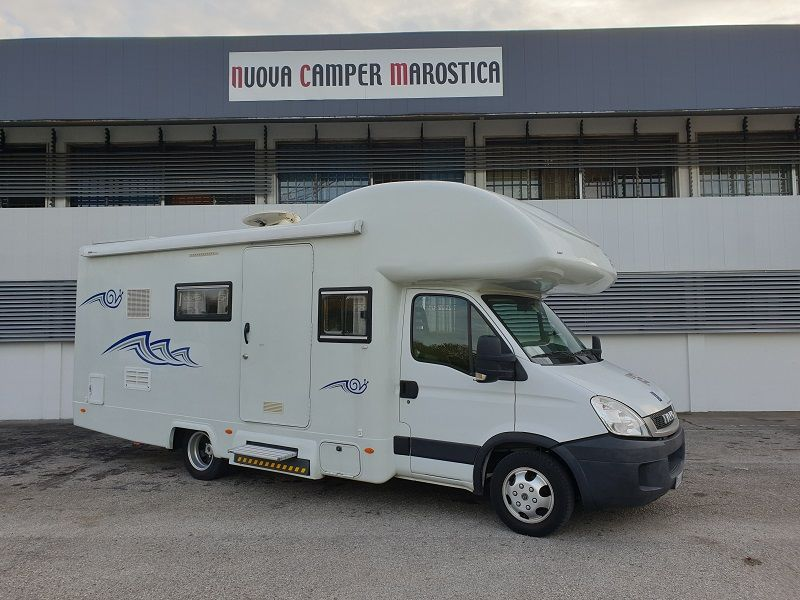 Camper Per disabili Monoscocca Royal System II 740 king Handy Iveco Daily 35C18 E 4 Posti 6